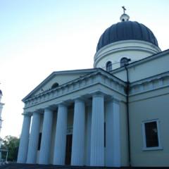 Cerkiew Narodzenia Pańskiego w Kiszyniowie, główna świątynia kraju.