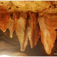 Xerri's Grotto, stalaaktyty/draperie nazywane bekonem.