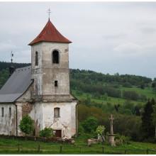 Vrchní Orlice, po wsi pozostał osiemnastowieczny kościół.